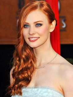 Deborah Ann Woll. Thinking about dying my hair red. Pinning ideas!