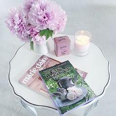 a casa di Antonella lepassionidiantonella #relaxtime: #fiorifreschisempreincasa ce l'ho - #candelaprofumata ce l'ho - #pastiglieleone ce l'ho - #buongardening book ce l'ho - #mariclairemaison ce l'ho...per un'oretta mi do latitante! #buonpomeriggio a tutti!!! ;-)
