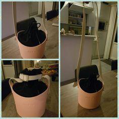 My O'Pocket: zwarte binnentas met witte hengsels en roze o'pocketbuddy