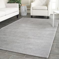 Safavieh's Himalaya collection is inspired by timeless contemporary designs crafted with the softest wool available.
