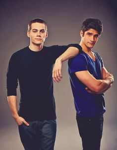 Scott and Stiles Season Two Credit: MTV/Bob Mahoney. Tyler Posey and Dylan O'Brien in Teen Wolf Teen Wolf Boys, Teen Wolf Dylan, Teen Wolf Cast, Scott Mccall, Tyler Posey, Dylan O'brien, Brother Poses, Sibling Poses, Guy Poses