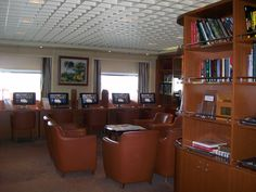 Library/Internet Cafe.