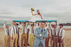 Um Casamento Na Praia, Que Teve A Bênção Da Natureza, E Reuniu Diferentes Cores Para Uma Linda Decoração R ústica. Veja!