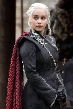 Game of Thrones Daily  — daenerys-stormborn: Daenerys Targaryen in...
