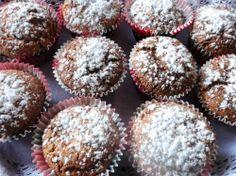 Una delicia que puede degustarse en Navidad y en cualquier otra época del año: Magdalenas de miel y almendra.  http://blog.cosasderegalo.com/2013/12/receta-de-magdalenas-de-miel-y-almendra/