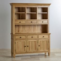 Treat yourself to the ultimate timeless statement piece for your home, our Classic Natural Solid Oak Large Hutch. It brings together the best in storage, display, and charming design, which will stand the test of time thanks to the high quality products our skills craftsmen guarantee. In our warm natural oak finish, the dresser add an air of elegance to a living or dining room.