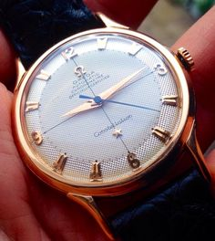 Superb Vintage OMEGA Constellation Chronometer In Solid Rose Gold Circa 1950 Stylish Watches, Cool Watches, Rolex Watches, Vintage Watches For Men, Luxury Watches For Men, Omega Constellation Chronometer, Hand Watch, Vintage Omega, Omega Watch