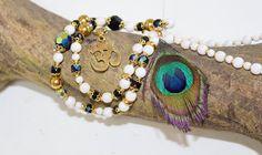 snowwhite aum Halskette-OM-jewelery-mala-Ohm-Swarovski-Buddhismus-Meditation-yoga-Energy-Messing Anhänger-Gebetskette- von MoONAmasteWithLove auf Etsy https://www.etsy.com/de/listing/470008574/snowwhite-aum-halskette-om-jewelery-mala