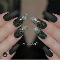 Glitter nail art designs have become a constant favorite. Almost every girl loves glitter on their nails. Have your found your favorite Glitter Nail Art Design ? Beautybigbang offer Glitter Nail Art Designs 2018 collections for you ! Black Nails With Glitter, Black Nail Art, Glitter Nail Art, Black Manicure, Black Silver Nails, Black Art, Pink Glitter, Black Polish, Sparkly Nails