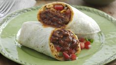 Who can say no to our Slow Cooker Shredded Beef Burritos, with green peppers, guacamole, cheese and whatever else you like! Shredded Beef Burritos, Slow Cooker Shredded Beef, Slow Cooker Brisket, Slow Cooker Recipes, Crockpot Recipes, Cooking Recipes, Crock Pot Cooking, Evening Meals, Family Meals