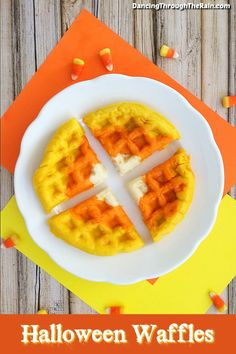 Halloween Breakfast Waffles As Halloween breakfast ideas go, this is one of those tasty recipes that is fun and delicious! Definitely one of the easy breakfast recipes that you can make at the last minute to keep things festive! Make Ahead Breakfast Casserole, Breakfast Waffles, Breakfast For Kids, Breakfast Ideas, Breakfast Recipes, Halloween Breakfast, Halloween Food For Party, Halloween Treats, Fall Recipes