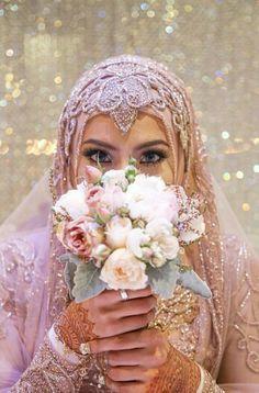 Pinned via Nuriyah O. Martinez | Hijabi Bride //