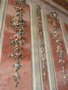Details, details...Rundale Palace, Latvia, photo by Lynette via Flickr.