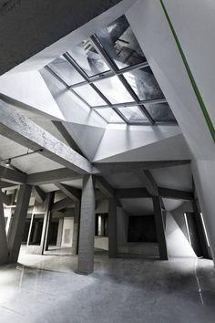 The Metamorphosis Of The Great Rock / PLANT Atelier Peter Kis Kft