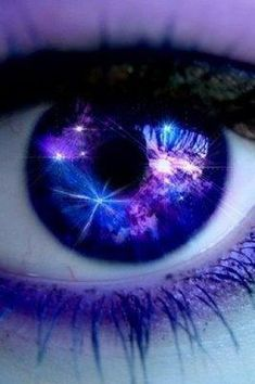 Violet irises that took sanity Eyes too bright to look at Too dark to comprehend Life swam across the soul That flew in and out in waves Until all passed to black -deus infinitum Purple Love, All Things Purple, Shades Of Purple, Purple Sparkle, Periwinkle, Pretty Eyes, Cool Eyes, Beautiful Eyes, Cool Contacts