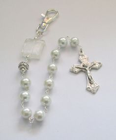 White Pearl Pocket Rosary. One Decade Rosary, Swivel Clip, Grapes Crucifix, Bridal Rosary Gift, First Communions, Confirmations by AwfyBrawJewellery on Etsy