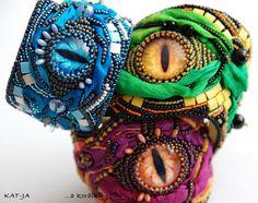Dračí rok - Dragon year - bracelets, bead embroidery with silk by Katka Václavíková