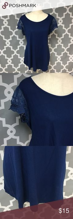 ➕Forever21 Plus Lace Sleeve Navy Blouse 🔘Description: Forever21 Plus Lace Sleeve Navy Blouse women's size 3x good used condition   🔘Approximate Measurements:                Pit to Pit: 21 inches                Shoulder to Hem: 28 inches                                                      Inventory: M  If you have any questions please feel free to let me know!                               Thanks for stopping by! Forever 21 Tops