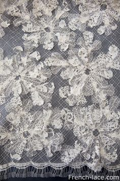 Exquisite lace with an applique...Awesome selecetion of laces