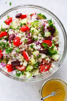 , summer diet , This Mediterranean Cauliflower Salad is loaded with fresh summer veggies and it& vegan, gluten-free and perfect for a low-carb diet. Side Recipes, Whole 30 Recipes, Lunch Recipes, Salad Recipes, Healthy Recipes, Dinner Recipes, Pasta Recipes, Healthy Foods, Mediterranean Salad Recipe