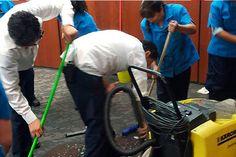 m.e-consulta.com | Se rompen tuberías de un baño y se inundan salas del Senado | Periódico Digital de Noticias de Puebla | México 2015