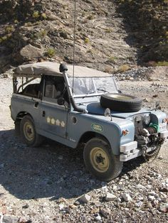 THE OLD LANDY THAT SATISFIES