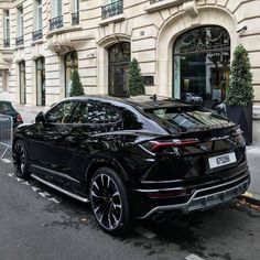 Lamborghini Urus - List of affordable cars Best Luxury Cars, Luxury Suv, Fancy Cars, Cool Cars, Alpha Romeo, Porsche, Bmw Classic Cars, Lux Cars, Exotic Sports Cars