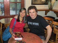 Ma première photo avec Patrick Senécal au Verre Bouteille. 2 ans en arrière... presque.