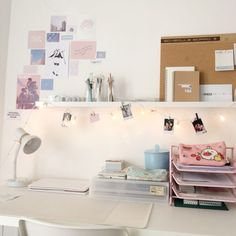 army room decor 35 Ideas For Making Your DeskMake Your Room More Comfortable 15 of 35 Army Room Decor, Study Room Decor, Cute Room Decor, Study Rooms, Diy Room Decor Tumblr, Deco Cool, Desk Inspiration, Desk Inspo, Room Goals