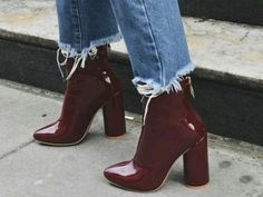 Burgunder Stiefel - Hints for Women Ankle Boots, Shoe Boots, Shoes Heels, Prom Heels, Stiletto Heels, Shoes Sneakers, Slingback Chanel, Look Fashion, Fashion Shoes