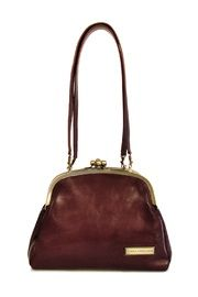 Love this nice leather bag! Cross Body Bags are the way to go!