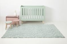 Handgefertigter Teppich Daksh in Grün Lorena Canals Baby Decor, Nursery Decor, Lorena Canals Rugs, Machine Washable Rugs, Grades, Eco Friendly House, Home Rugs, Girl Room, Baby Room
