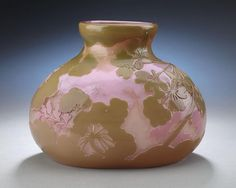 A fine cameo glass vase by Gallé featuring a captivating pink background. Excellent condition. Signed Gallé. Circa 1900.