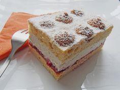 Piškótové rezy Cake Recipes, Dessert Recipes, Desserts, Oreo Cupcakes, Dessert Sauces, International Recipes, Allrecipes, Vanilla Cake, Tiramisu