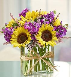 sunflower floral arrangements -Let Whitney Events plan your next wedding or event! www.whitneyevents.com Floral Arrangements, Glass Vase, Flower Arrangements, Flower Arrangement, Bouquet, Floral Centerpieces, Floral Arrangement, Garland