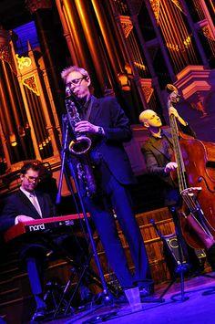 SydneyJazzCollective.com.au  Instrumental Jazz Trio performing live at Sydney Town Hall.