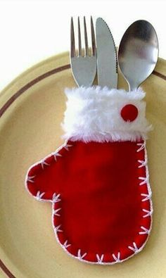 Christmas Decoration Items, Etsy Christmas, Christmas Crafts For Kids, Xmas Decorations, Simple Christmas, All Things Christmas, Christmas Themes, Holiday Crafts, Christmas Ornaments