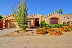 #ArizonaLuxuryRealEstate #MountainViews Beautiful and warm, impeccably-kept…