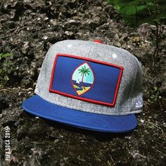 """FLAG """"ROCKY SHORES"""" Snapback 