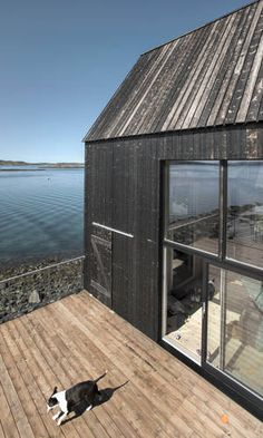 Spillebrettet - Pir2 Steel Barns, Container Cabin, Concrete Patio, House In The Woods, Seaside, Tiny House, Shelter, Wood Houses, New Homes