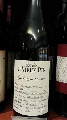 Le Veux Pin Syrah 2011 Cuvee Violette, as the name suggests, displays the perfumed and floral side of this very noble grape variety. Palate is silky  smooth thanks to a gentle ferment with focus on allowing the feminine qualities of Syrah to come to foreground. This wine is  meant for drinking upon release or can be aged for mid term (5-7 years).