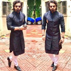 Long sleeveless jacket in same color Wedding Dresses Men Indian, Wedding Dress Men, Wedding Men, Wedding Outfits, Wedding Ideas, Latest Mens Wear, Latest Mens Fashion, Mens Fashion Suits, Man Fashion