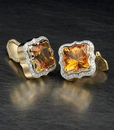 Lee Charles Buckingham Cufflinks 18k yellow gold and platinum cuff links feature matching citrines totaling 13.67 carats and 0.85 carat of diamond accents
