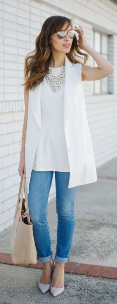 White Sleeveless Blazer Casual Chic Style by M Loves M- A little old for me but definitely fashionable. White Vest Outfit, Blazer Outfits, Casual Outfits, Sleeveless Blazer Outfit, Sleeveless Jacket, Work Outfits, Peplum Blouse, Look Blazer, Business Casual