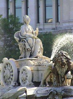 Diosa Cibeles, Madrid, Spain.Whenever I've got enough time I gotta spend a board about this majestical city!