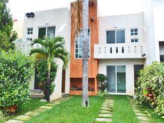 FLORES MAGÓN PRECIO $2'150,000 Tels. 302-00-10 www.grupoinmobiliarionatura.com Cuernavaca Morelos