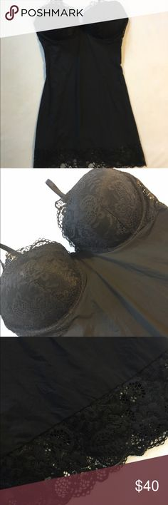 Gorgeous 36D lingerie Virtually new clasps at the back like a bra Victoria's Secret Intimates & Sleepwear