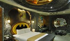 Cool Bedroom Design Ideas with Batman Themes