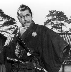 Toshirō Mifune in Yojimbo (1961)