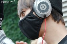 daehyun and his beats back from filming their MV in detroit